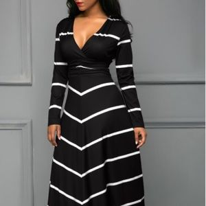 Dresses & Skirts - Black and white long, striped dress